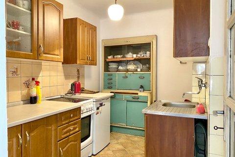 Prodej rodinného domu Úholičky - Podmoráň realitní makléř • realitní kancelář • realitní služby neje