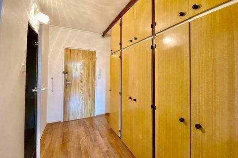 Pronájem bytu 2+kk s lodžií Praha Budjovická Bítovská realitní makléř • realitní kancelář • realitní