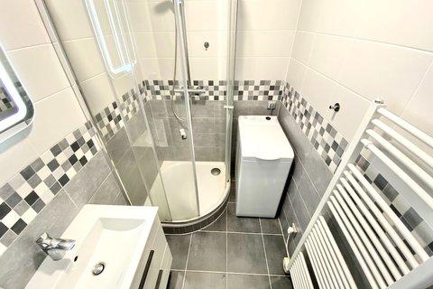 Prodej bytu 2+kk Praha Chodov Blažimská realitní makléř • realitní kancelář • realitní služby nejen