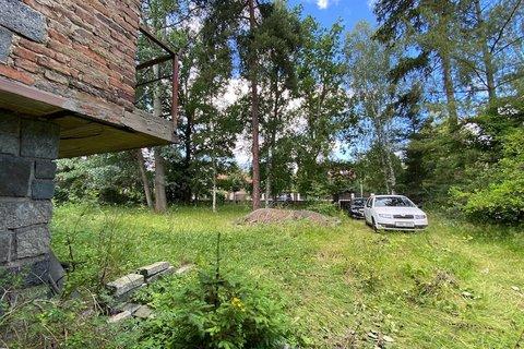 Prodej pozemku Klánovice realitní makléř • realitní kancelář • realitní služby nejen v Praze5