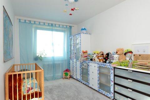 Prodej bytu Na Hřebenkách Praha Smíchov realitní makléř • realitní kancelář • realitní služby nejen