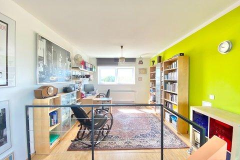 Prodej domu v Úvalech - realitní makléř • realitní kancelář • realitní služby nejen v Praze2