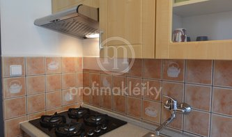 Pronájem krásného bytu po rekonstrukci, 3+1, 75m² - Evropská, Praha 6