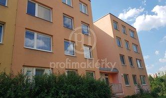 Pronájem, Byt 4+1 s lodžií, 77m², ulice Bartákova, Brno- Líšeň