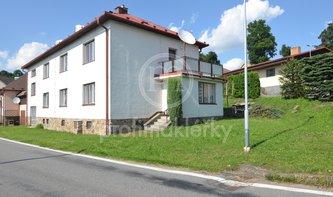 Velice prostorný RD se dvěma byty, velkým zázezím a zahradou, 590 m2, Sulkovec