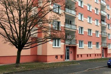 Prodej bytu 2+1, 64 m2, ulice Lábkova, Plzeň – Skvrňany, Ev.č.: RkBe17
