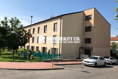 Pronájem bytu 1+kk s předzahrádkou, Beroun, Ev.č.: 100261