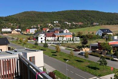 Prodej mezonetového bytu 3+1 s lodžií a terasou, Beroun, Ev.č.: 100284