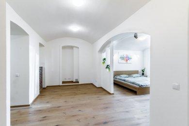 Pronájem bytu  1+1, 60m² - Praha - Krč, Ev.č.: 100290