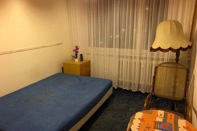 Pronájem, Pokoj 2 m2 v bytě 3+1  P4 Kamýk ul. Machuldova, Ev.č.: AJM00799