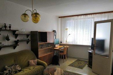 Pronájem, Byt byt 3+1 P10 Strašnice ul. Křenická, Ev.č.: AJM00921