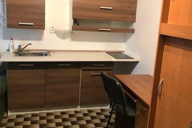 Pronájem pokoje s kuchyňkou Praha 4 - Kamýk, Ev.č.: MCH0031