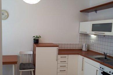 Byt 2+kk ul. Názovská, Praha 10 - Strašnice, Ev.č.: JH0001