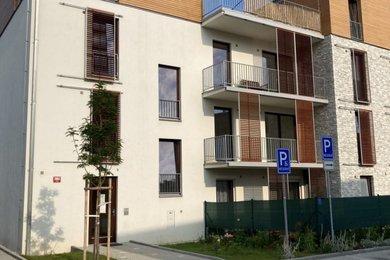 Pronájem bytu 3+kk, 76 m2, 2 velké balkony, parkovací stání, Ev.č.: RkBe68