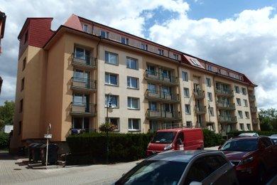 Pronájem bytu 2+kk s lodžií, Beroun, Ev.č.: 100348