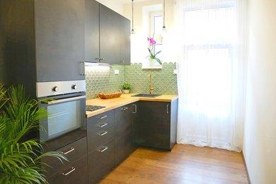 Prodej bytu 2+1 s balkonem, Beroun, Ev.č.: 100358