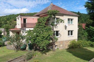 Prodej rodinného domu Komárov, okres Beroun, Ev.č.: 100367