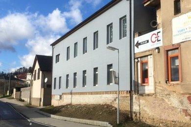 Pronájem nového podkrovního bytu 1+kk, 33 m2, Králův Dvůr - Počaply, Ev.č.: RkBe87