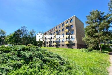 Pronájem bytu 3+1 s balkonem, Beroun, Ev.č.: 100414