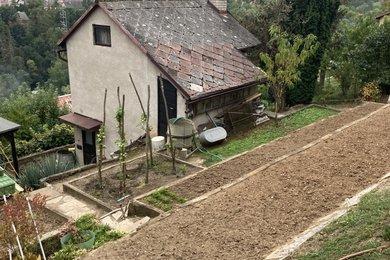 Prodej zděné chaty v zahrádkářské kolonii Višňovka, pozemek 394 m2, Ev.č.: RkBe103