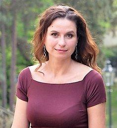 Yana Vykhoreva