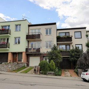 Prodej RD 6+1 + garáž, ul. Dillingerova, Brno - Řečkovice, terasa, 3x balkon, podsklepeno