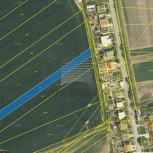 Prodej pozemku v blízkosti zástavby, 2400m² - obec Vojkovice