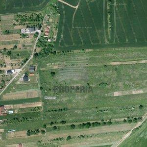 Prodej pozemku pro bydlení + výstavbu vinného sklepa, plocha 2315m² - Moravany u Kyjova