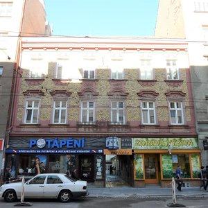 Prodej bytu v OV 4+kk, ul. Veveří, Brno - střed, CP 71 m2, samostatné vstupy do pokojů, vlastní elektrokotel.