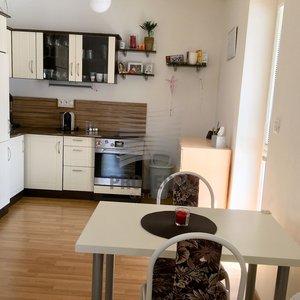 Prodej novostavby bytu v OV 1+kk + rozlehlá terasa, ul. Křepelčí, Brno, CP 41 m2 + 150 m2 terasa, parkovací stání v podzemních garážích.