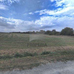 Prodej stavebního pozemku o celkové výměře 11.822m² obec Kubšice, okr. Znojmo