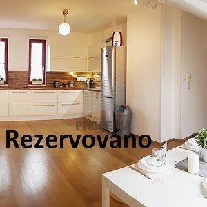 Prodej mezonetového bytu 3+kk, 118m² a parkovací stání - Vyškov, Smetanovo nábřeží.