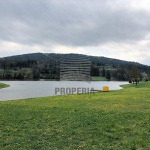 Prodej pozemků a pozůstatků bývalého rekreačního areálu u přehrady Pozlovice (Luhačovice), okr. Zlín, CP 9.657 m2.