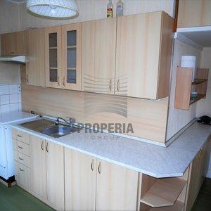 Prodej cihlového bytu v OV 3+1 + balkon, ul. Komenského, Adamov, okr. Blansko, CP 65 m2, 5. p/6, výtah