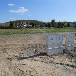 Prodej rovinatého stavebního pozemku v obci Želešice, okr. Brno-venkov, CP 966 m2, kompletní inženýrské sítě