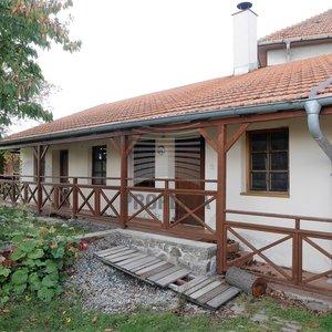 Prodej RD 3+kk, obec Zbraslav, okr. Brno-venkov, CP 2.118 m2, po částečné rekonstrukci