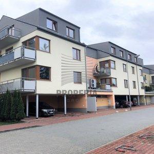 Prodej zděné novostavby bytu v OV 4+kk + terasa a balkon, ul. Pod Kopcem, Brno-Žebětín, CP bytu 114 m2 + 29 m2 terasa a balkon, 2. NP/4, šatna