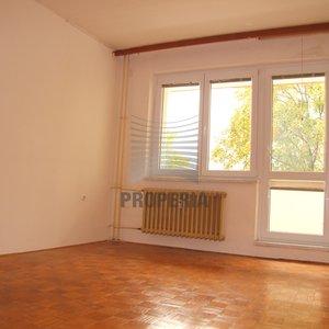 Prodej bytu 3+1 s balkónem, 81m² - OV, Břeclav sídl. Dukelských hrdinů