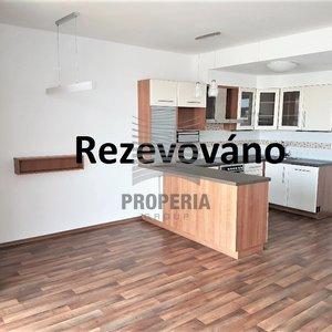 Pronájem, mezonetového bytu 3+kk, 97 m² + terasa 8m²  - Rousínov ul. Zahradní