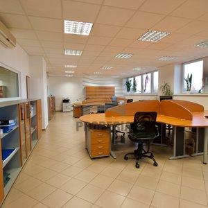 Pronájem kancelářských prostor o CP 290 m2, Brno - Komárov, ul. Sokolova
