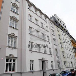 Prodej zděného bytu v OV 1+1, ul. Kartouzská, Brno-Královo Pole, CP 48 m2, 2. NP/5, výtah, dům po revitalizaci