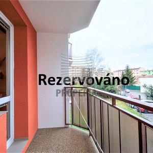 Prodej bytu v OV 1+1 + balkon, Vyškov - Dukelská, 1. NP/8, výtah, CP 37 m2