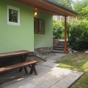 Prodej celoročně obyvatelné chaty v Jedovnicích