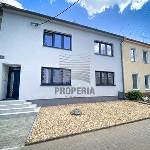 Prodej vícegeneračního RD o CP 275m2 s terasou a zahradou, obec Šaratice