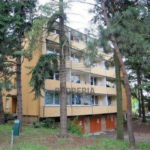 Prodej bytu v OV 2+1 + 2x lodžie, ul. Luční, Brno - Žabovřesky, 3. p/3, CP 54 m2, dům po revitalizaci, klidné bydlení, výhled do zeleně