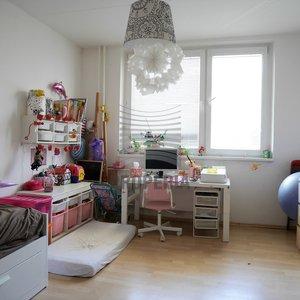 Prodej bytu v OV 2+1, ul. Palackého třída, Brno - Královo Pole, CP 56 m2, zděné jádro, prostorná šatna.