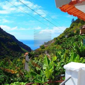 Prodej, Rodinného domu 3+1 s terasami, 126m² - Madeira- Ponta do Sol, CP 346 m2