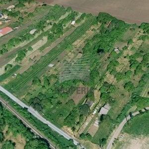 Prodej pozemku 1 658 m² - Újezd u Brna