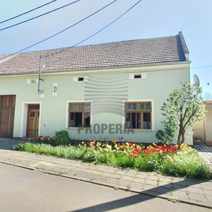 Prodej zrekonstruovaného RD 3+1 s vjezdem a stodolou, pozemek 1285 m², Milonice, okr. Vyškov