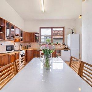 Prodej rodinného domu se zastavěnou plochou 218m² a zahradou 769 m2, Prostějov - Určice